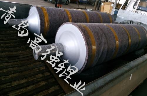 青岛高强辊业磨砂辊发货到胶北工业园